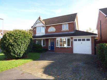4 Bedrooms Detached House for sale in Pendle Gardens, Culcheth, Warrington, Cheshire