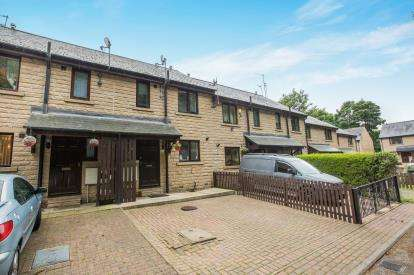 3 Bedrooms Terraced House for sale in Industrial Road, Sowerby Bridge, West Yorkshire