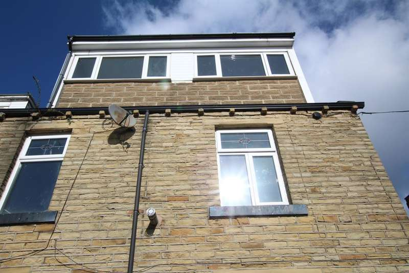 4 Bedrooms Terraced House for sale in Maudsley Street, Bradford, BD3 9JT