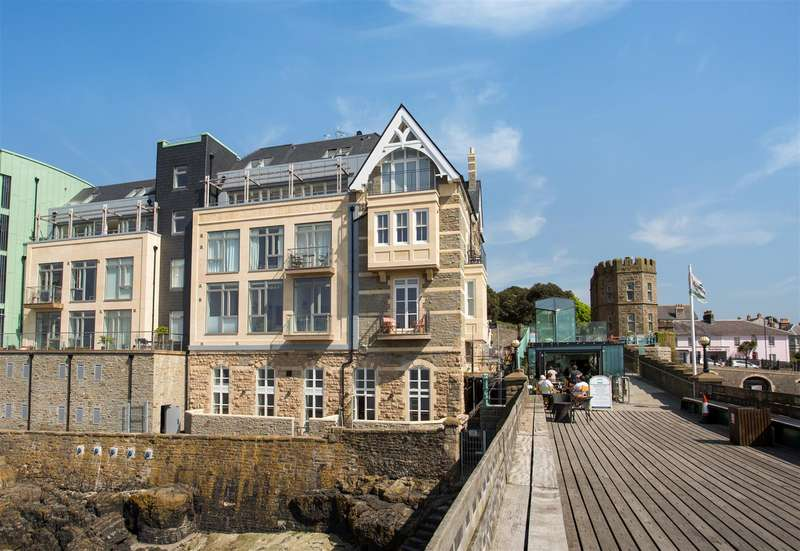 2 Bedrooms Flat for sale in Royal Pier Apartments, Clevedon