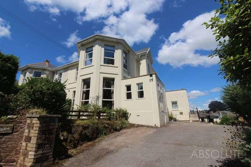 2 Bedrooms Flat for sale in Solsbro Road, Chelston