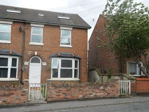 3 Bedrooms Semi Detached House for sale in Church Street, Connah's Quay, Deeside, CH5