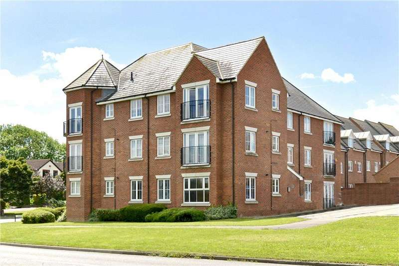 2 Bedrooms Apartment Flat for sale in Slatepits Croft, Olney, Buckinghamshire