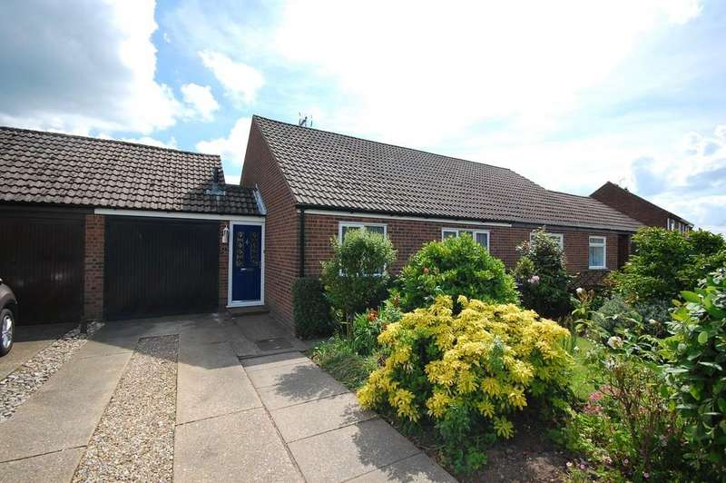 2 Bedrooms Semi Detached Bungalow for sale in Charles Road, Holt