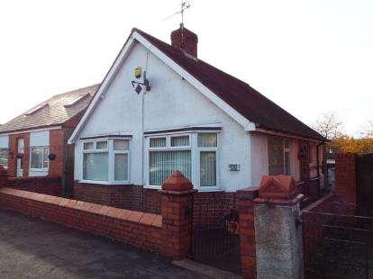 2 Bedrooms Bungalow for sale in Osborne Street, Rhosllanerchrugog, Wrexham, Wrecsam, LL14