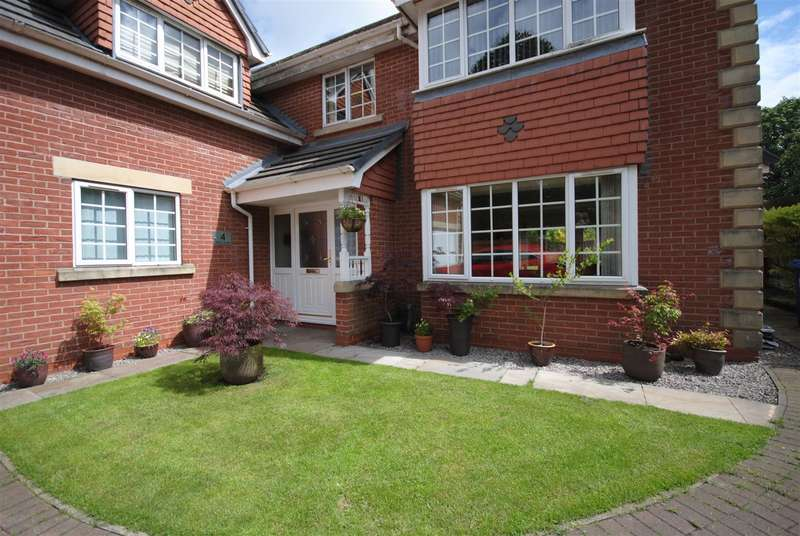 5 Bedrooms Detached House for sale in The Copse, Orrell Road, Orrell, Wigan