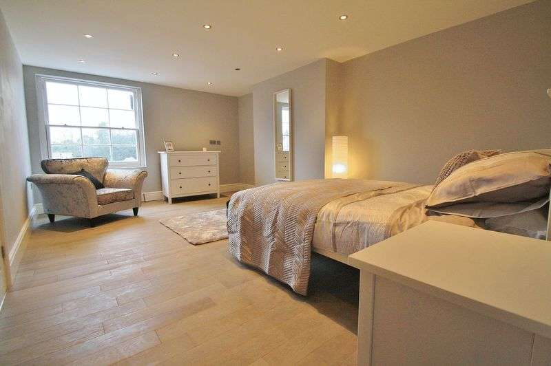 1 Bedroom Property for sale in Flat 82D High Street, Wallingford