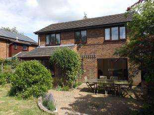4 Bedrooms Detached House for sale in Hartley Court Gardens, Cranbrook, Kent