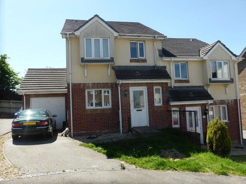 3 Bedrooms Semi Detached House for sale in Luxmoore Way, Okehampton