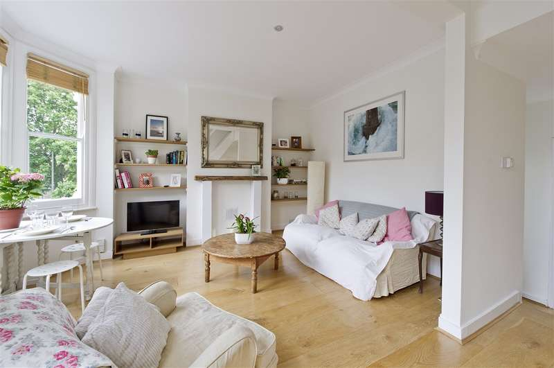 2 Bedrooms Property for sale in Greenside Road, Shepherd's Bush