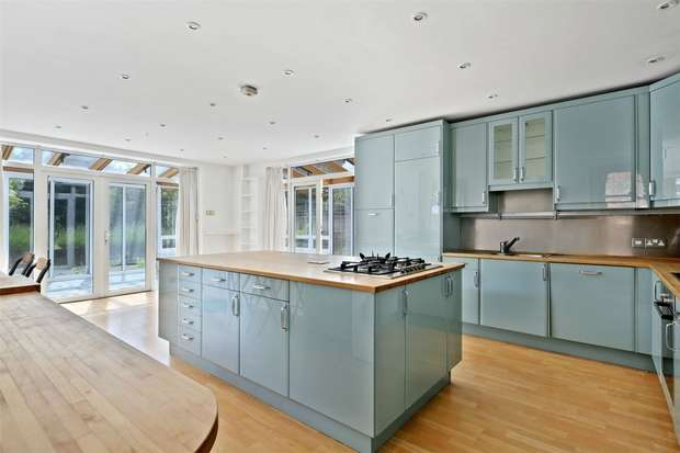 8 Bedrooms Detached House for rent in Hamilton Road, Ealing