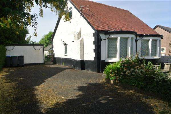 3 Bedrooms Bungalow for sale in Mossdene, St Nicholas Road, Blackpool
