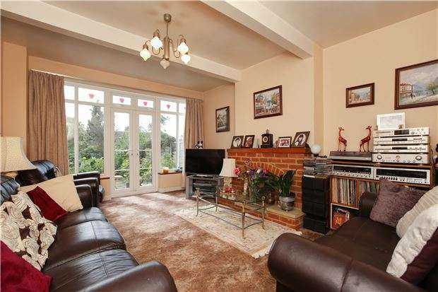 4 Bedrooms Semi Detached House for sale in Courtland Avenue, London, SW16
