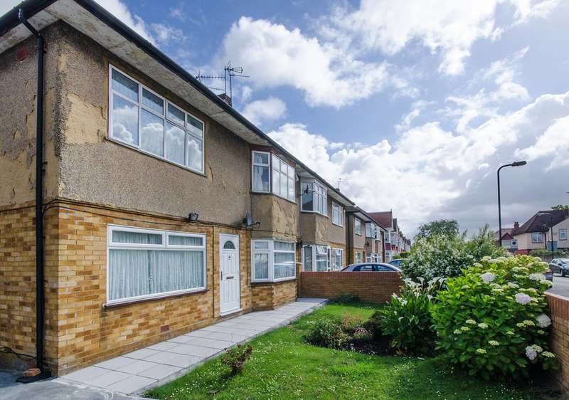 2 Bedrooms Flat for sale in Lincoln Road, Wembley, HA0