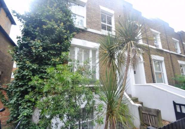 3 Bedrooms Apartment Flat for sale in Kings Grove, Peckham, SE15