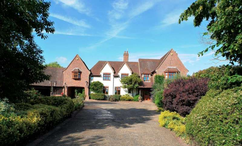 5 Bedrooms Detached House for sale in Aldham, Colchester