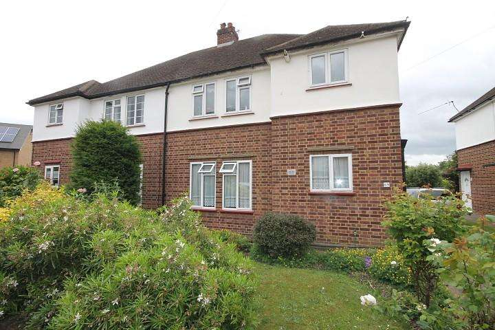 2 Bedrooms Maisonette Flat for sale in Spring Road, Feltham, TW13