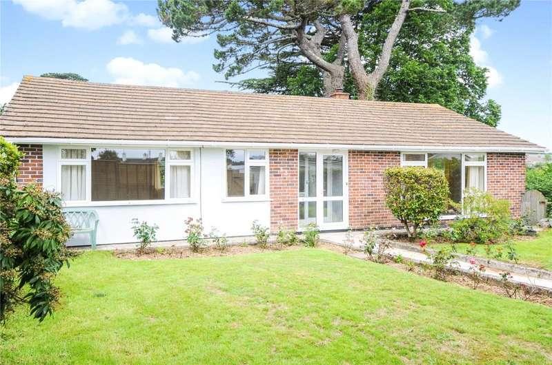 4 Bedrooms Detached Bungalow for sale in Northfield Drive, Truro