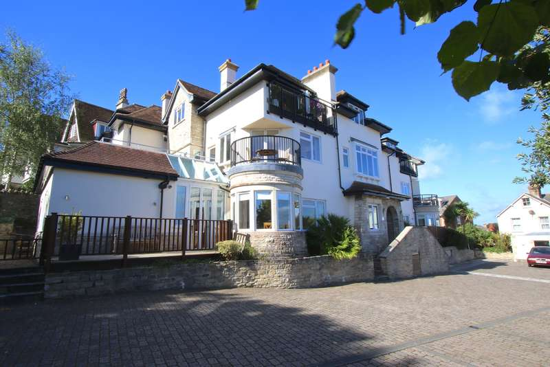 3 Bedrooms Flat for sale in GROSVENOR ROAD, SWANAGE
