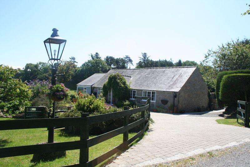 3 Bedrooms Detached House for sale in Llanallgo, Nr Moelfre, Anglesey