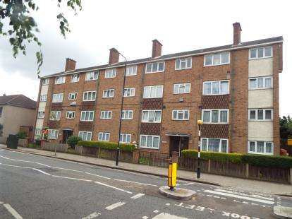 1 Bedroom Flat for sale in East Ham, London