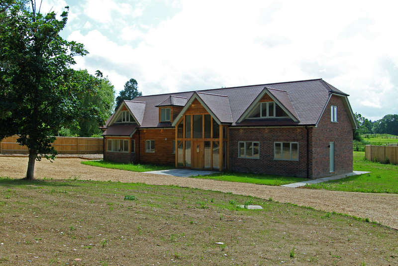 4 Bedrooms Detached House for sale in Winchester Road, Shedfield