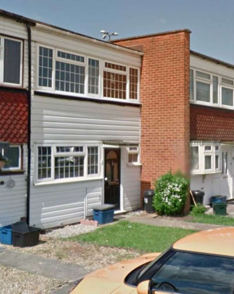 3 Bedrooms House for rent in Long Green, Chigwell