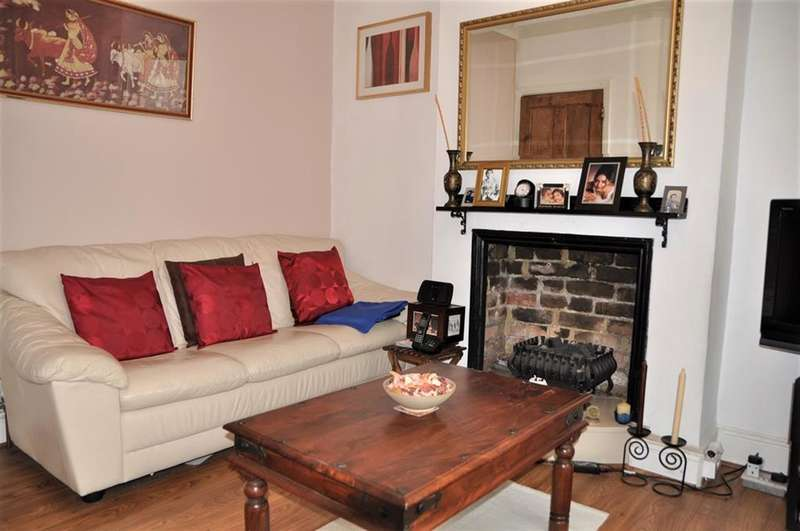2 Bedrooms Terraced House for sale in Wellington Road, Harrow , Middlesex, HA3 5SD