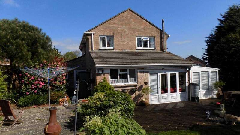 5 Bedrooms Detached House for sale in Wavish Park, Torpoint