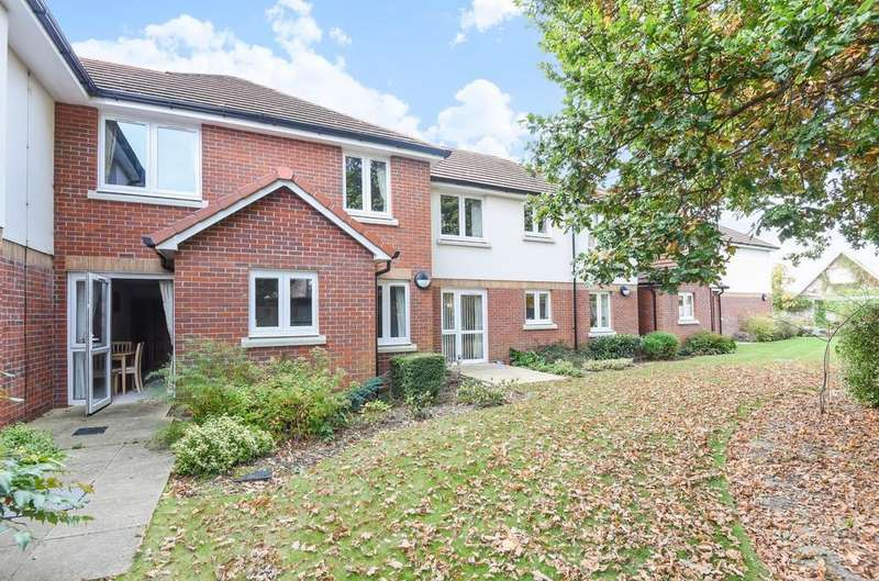 1 Bedroom Retirement Property for sale in Pagham Court, Hawthorn Road, Bognor Regis, PO21