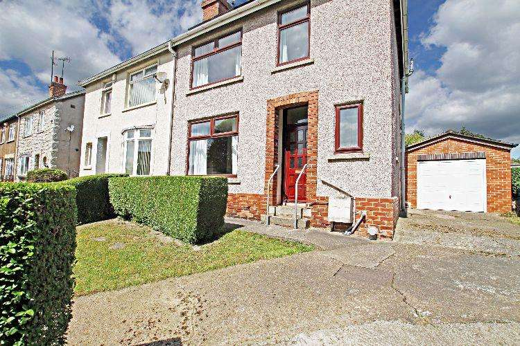 3 Bedrooms Semi Detached House for sale in Stewarts Road Rotherham South Yorkshire