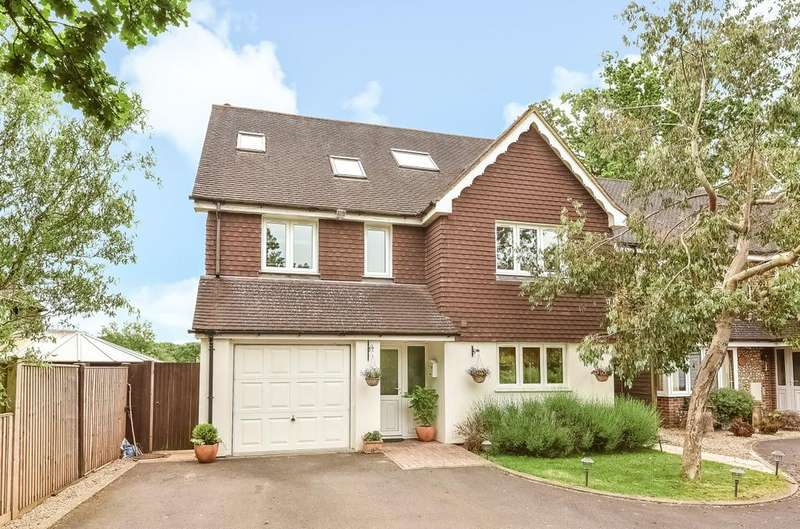 5 Bedrooms Detached House for sale in Durrants Road, Rowlands Castle, PO9