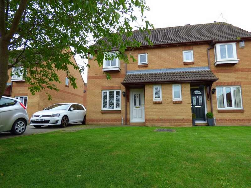 3 Bedrooms Semi Detached House for sale in Ingram Grove, Ingleby Barwick, Stockton-On-Tees, TS17