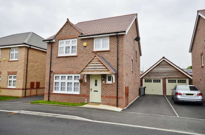 4 Bedrooms Detached House for sale in Sandiacre, West Timperley, Altrincham