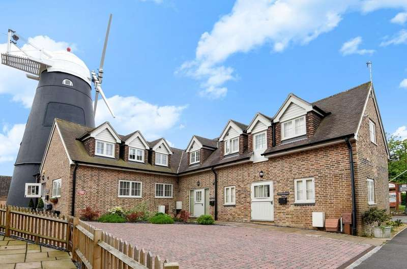2 Bedrooms House for sale in Bakers Cottages, Yapton Road, Barnham, PO22