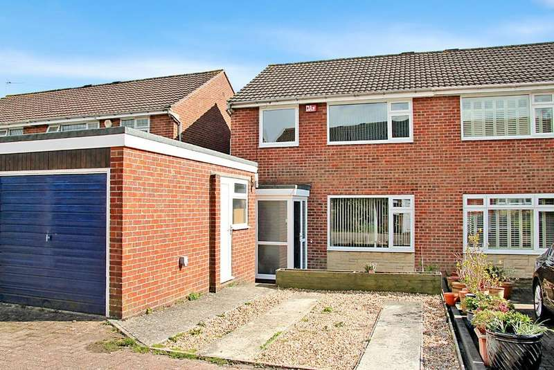 3 Bedrooms Semi Detached House for sale in Drayton, Portsmouth