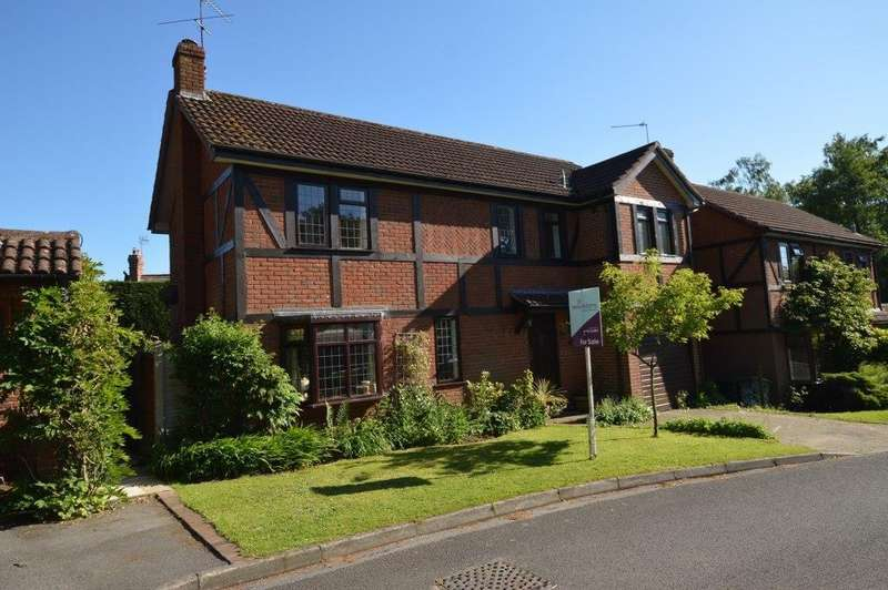 4 Bedrooms Detached House for sale in Rotherbank Farm Lane, Liss, GU33