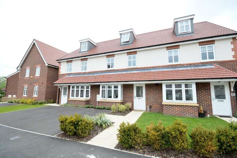 3 Bedrooms Mews House for sale in Camberwell Drive, Warrington
