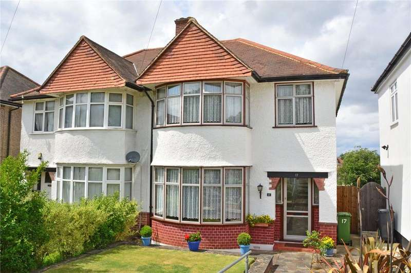 3 Bedrooms Semi Detached House for sale in Hill Close, Chislehurst, BR7