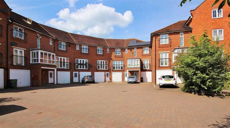 4 Bedrooms Town House for sale in Smiths Wharf, Wantage, OX12