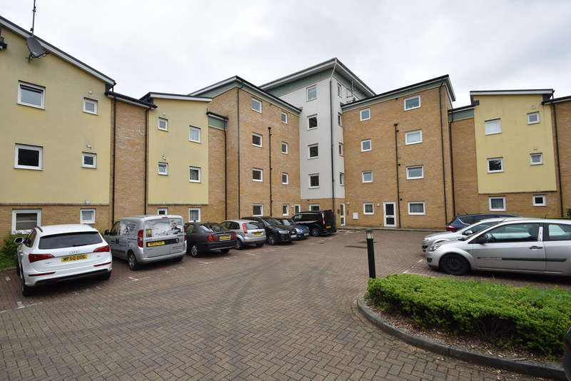 1 Bedroom Flat for sale in Newstead Way, Harlow
