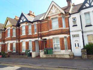 2 Bedrooms Terraced House for sale in Pavilion Road, Folkestone, Kent, England