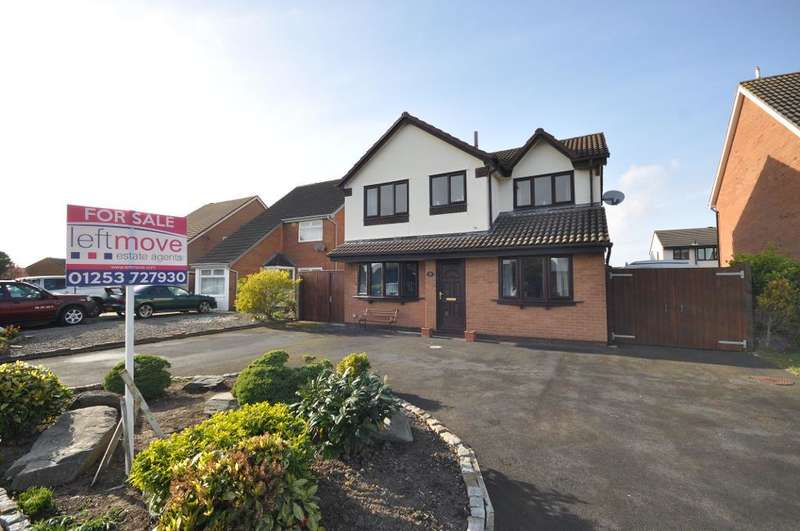 4 Bedrooms Detached House for sale in Frobisher Drive, St Annes, Lytham St Annes, Lancashire, FY8 2RG