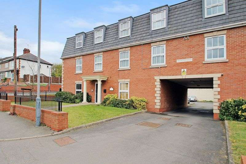 Property for sale in Main Street, Newbold