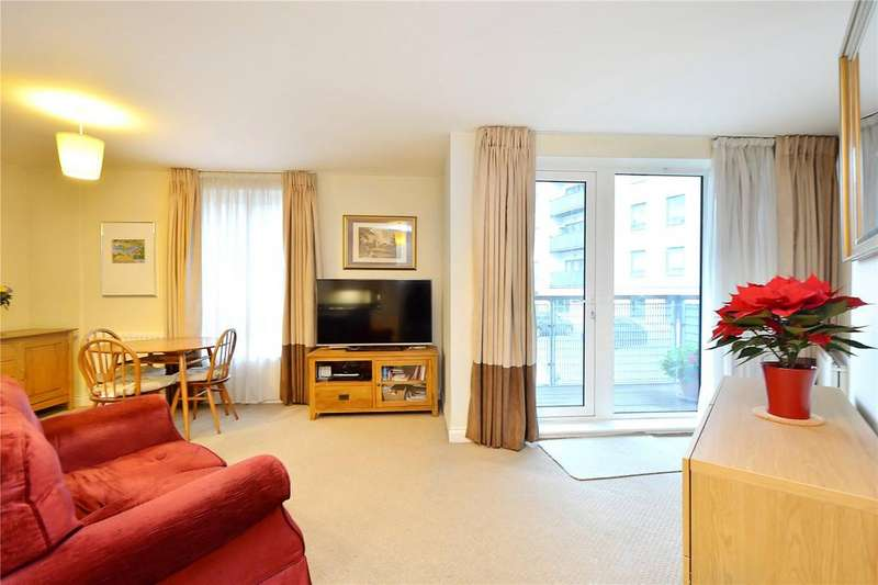 2 Bedrooms Flat for sale in Norman Road, London