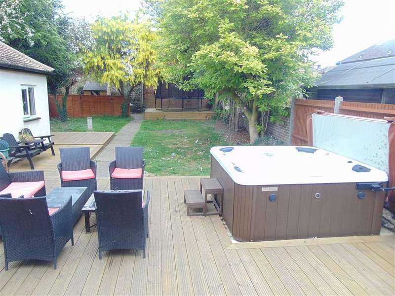 4 Bedrooms Detached House for sale in Star Lane, St Mary Cray, Kent