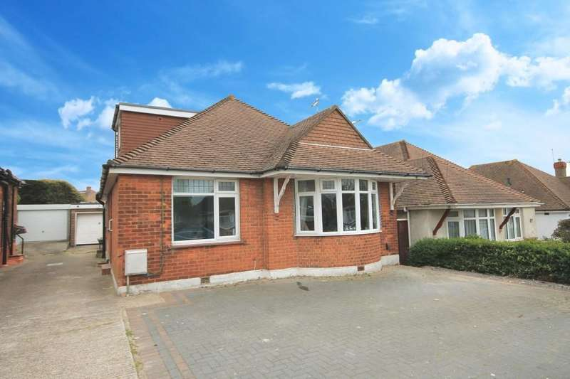 4 Bedrooms Detached House for sale in Downsway, Southwick