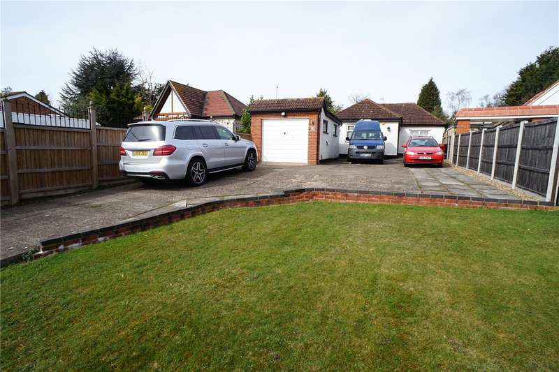 4 Bedrooms Detached Bungalow for sale in Birchwood Road, Dartford, Kent, DA2
