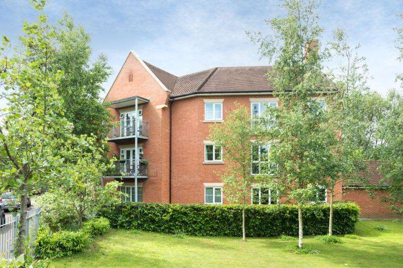 2 Bedrooms Apartment Flat for sale in William Lucy Way, Oxford, Oxfordshire