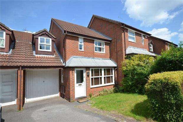 3 Bedrooms Link Detached House for sale in Lammas Mead, Binfield, Bracknell
